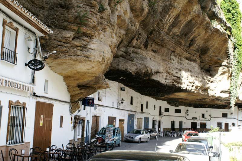 город достопримечательности Испания скала