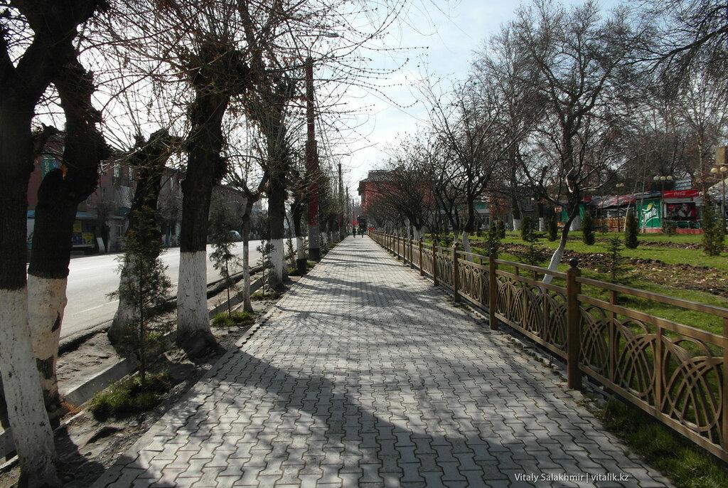 Улица Курманжан Датка, Ош