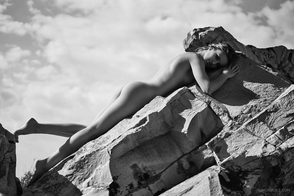 Снимки в жанре «Ню» Симона Болза