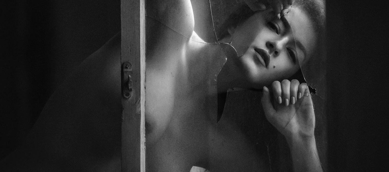 Киев, Рыбальский Остров - Марина / Marina nude by Arkadiy Kurta - Volo Magazine april 2017