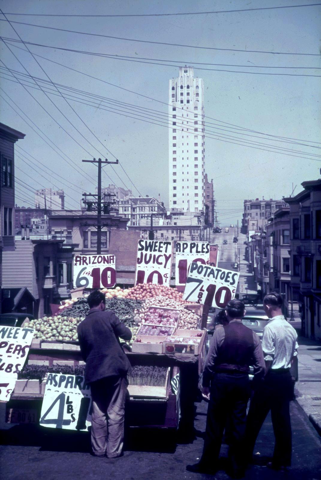 Сан-Франциско. Уличная продажа фруктов и овощей