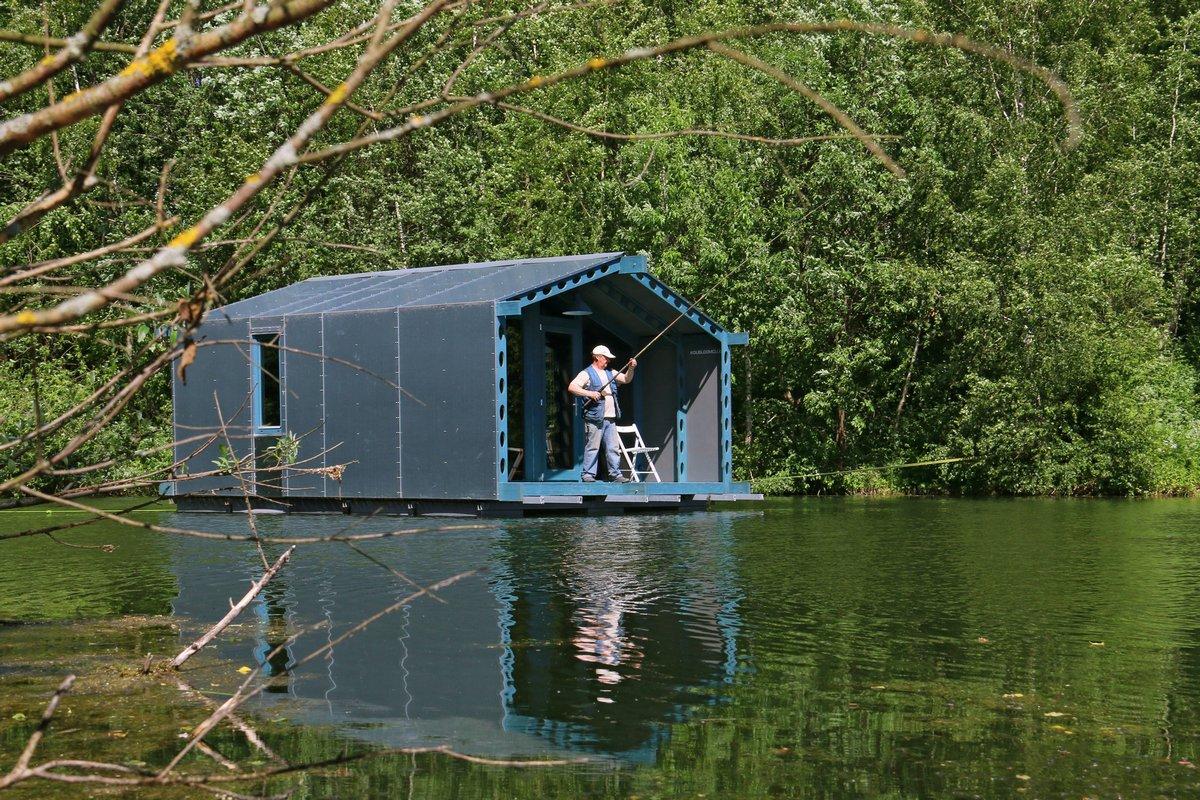Модульный плавающий дом из России