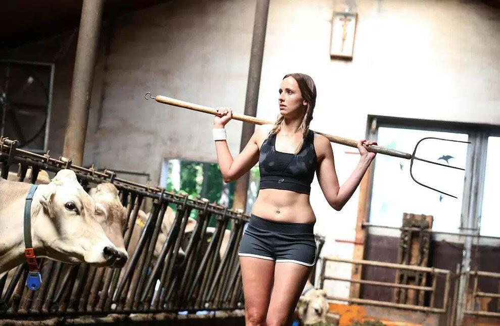 Farm girls movies, weddings in nude