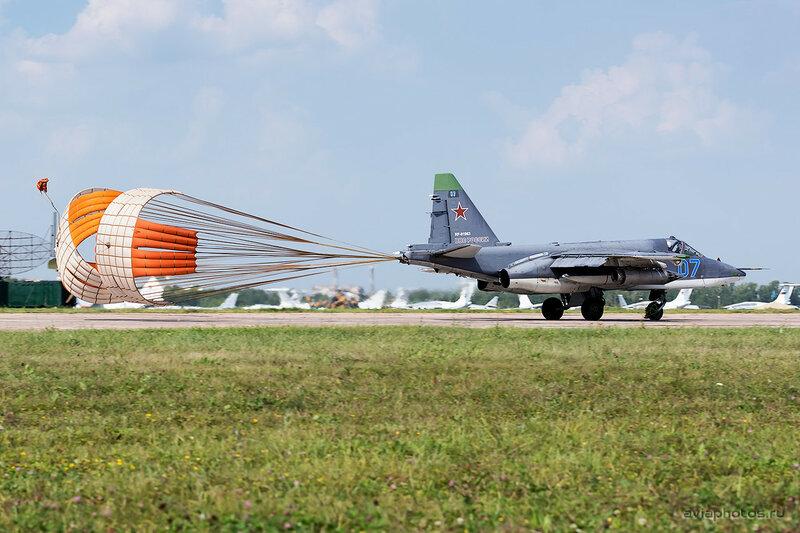 Сухой Су-25СМ (RF-91963 / 07 синий) ВКС России 0430_D805778