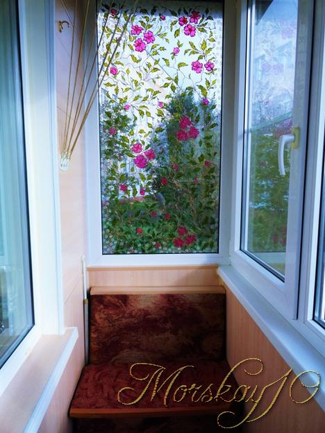 Балконные стекла: витражная роспись (2016 год)