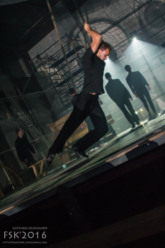 theatre-102.jpg