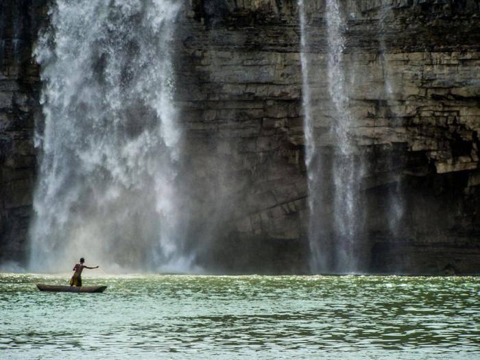 Водопад Читракот, Чхаттисгарх В Индии существует множество водопадов, которые в народе часто называю