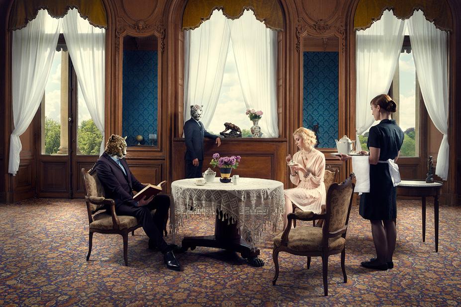 Le salon de the - Une vie de chateau / A golden youth / photo by Malo