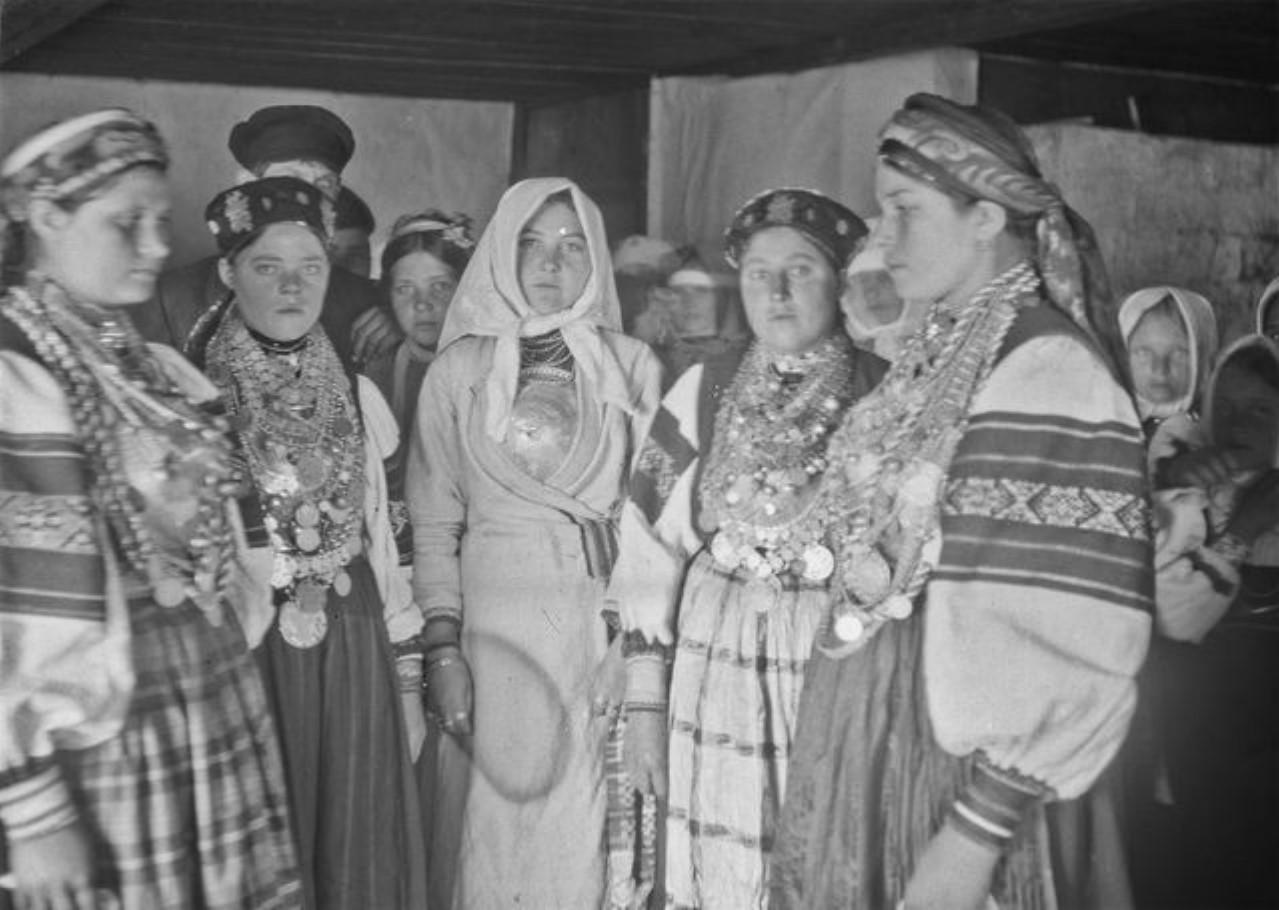 Подруженьки невесты