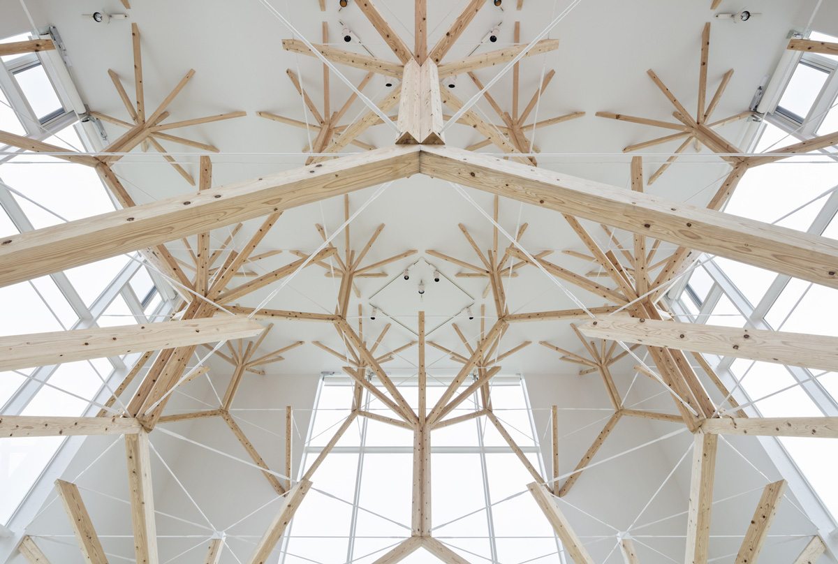 A National Park-Inspired Chapel Composed of Branching Fractals by Yu Momeoda (5 pics)