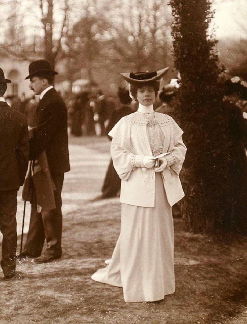 Longchamp 1900