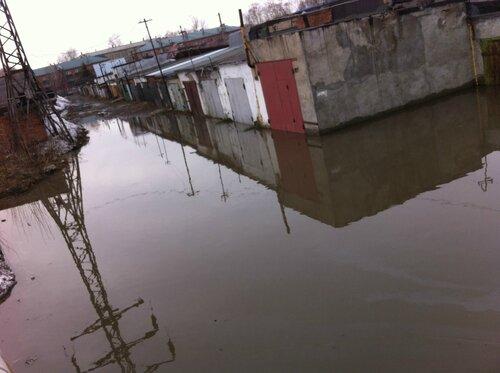 затопило гаражи
