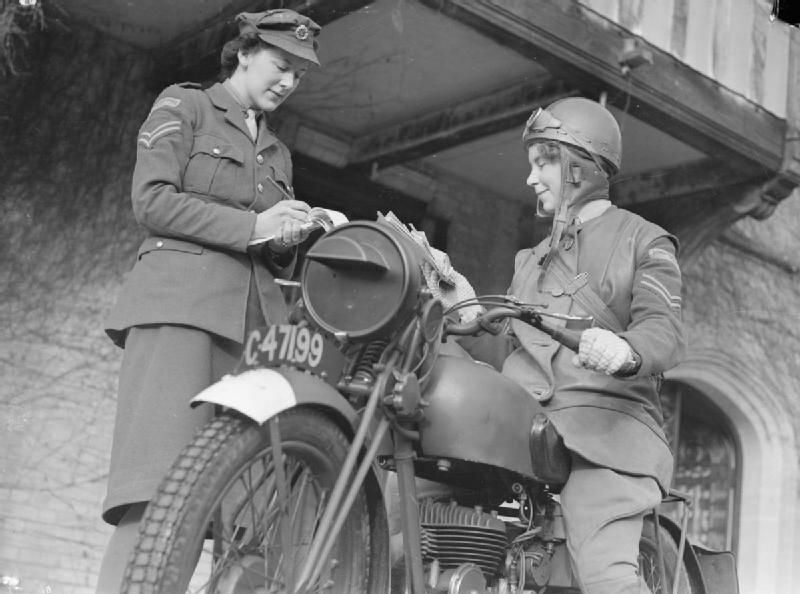 At_An_ATS_Motor_Transport_Company_Training_Centre,_Camberley,_Surrey,_1941_D5721.jpg