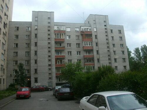 ул. Типанова 32к3