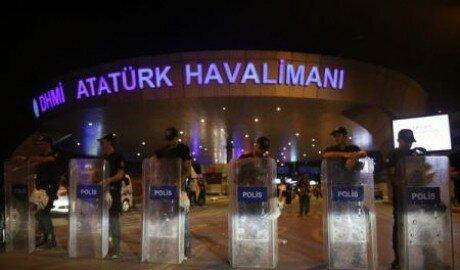 Стамбульский аэропорт Ататюрк возобновил работу после теракта