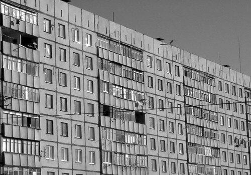 В Новосибирске подросток выжил, упав с 23-го этажа