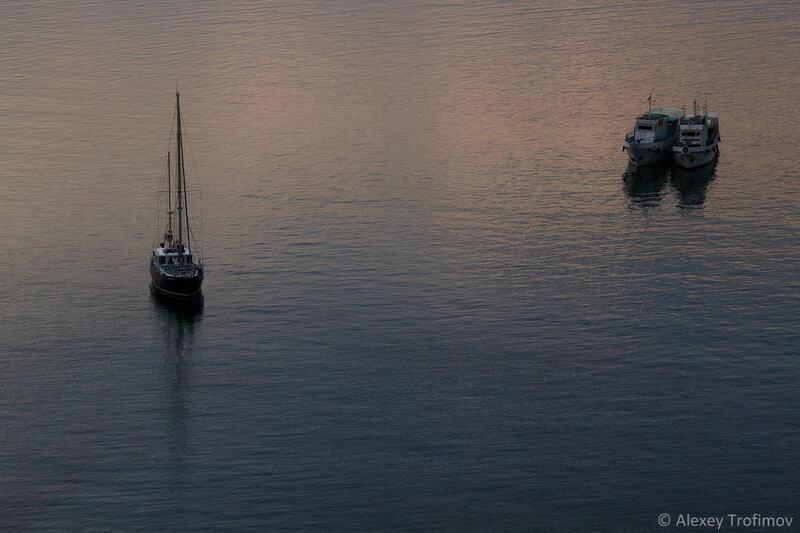 Baikal_2016_Three-Ships.jpg