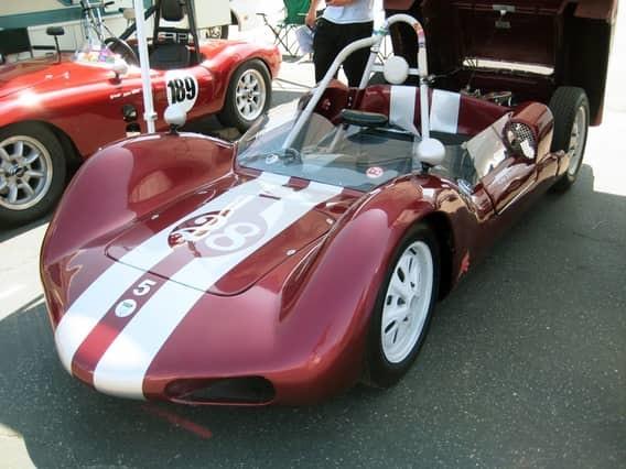 Peel P50 Эту пародию на автомобиль с 1952 по 1955 год производила на острове Мэн компания Peel Engin
