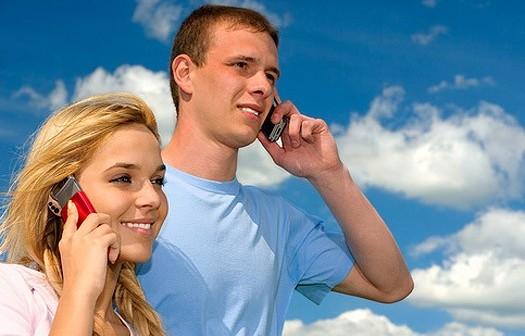 Американские учёные отыскали связь между раком имобильными телефонами