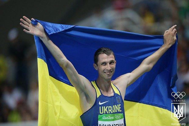 Украинский прыгун ввысоту уступил золото безупречному канадцу