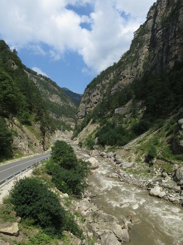 Ущелье реки Асса