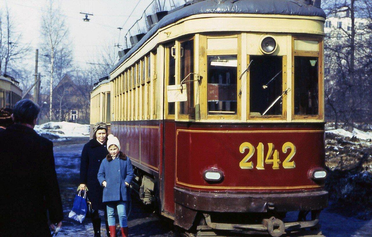 1968. На трамвайном кольце у платформы Новогиреево