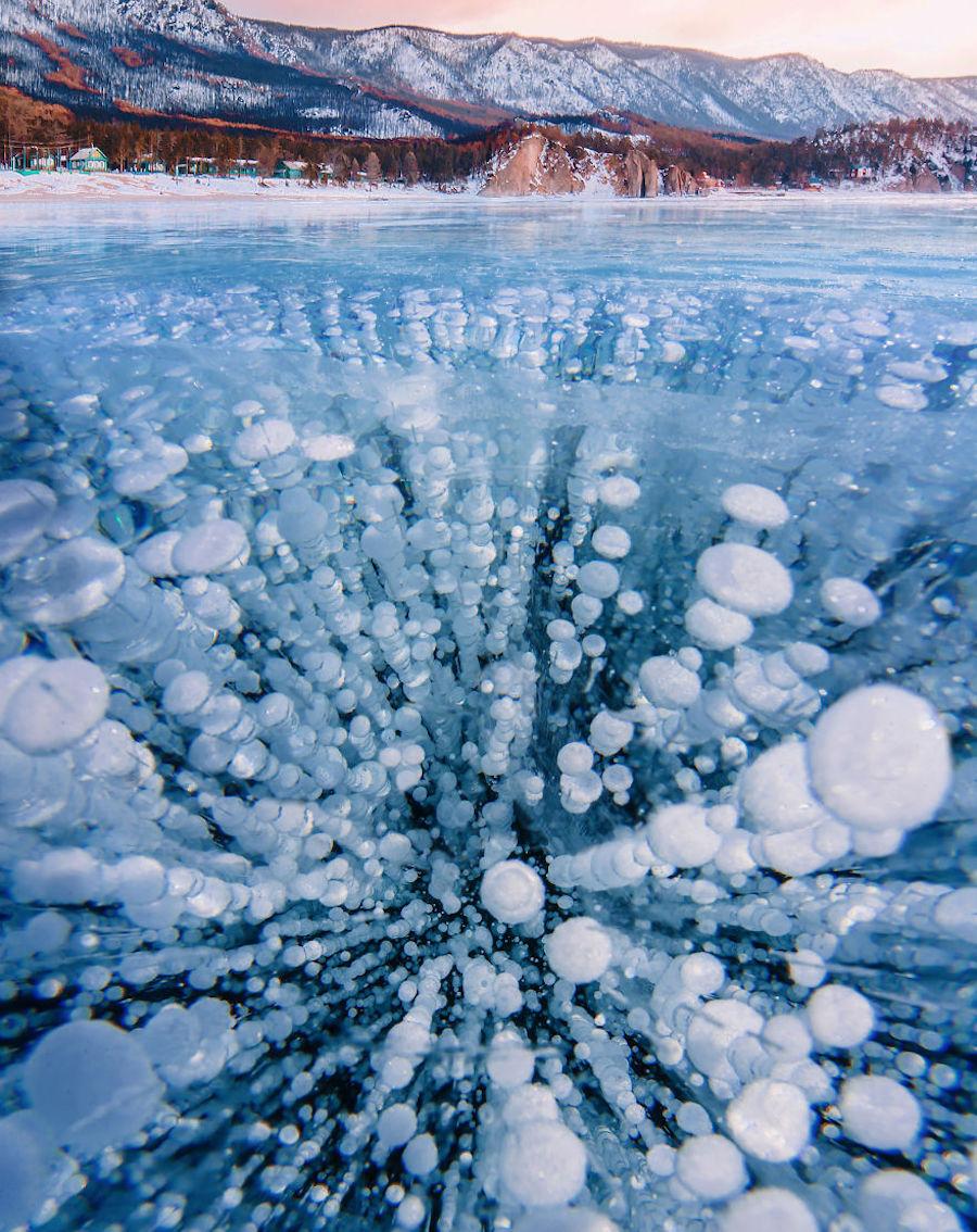 Stunning Photographs Of Frozen Baikal Lake In Russia