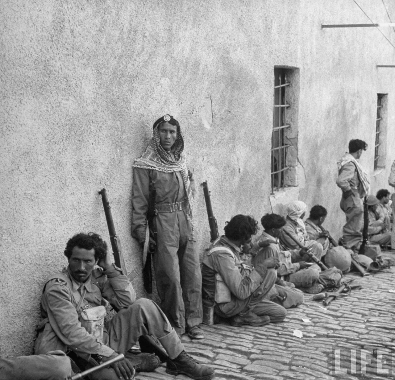 Солдаты Арабского легиона в Иерусалиме. Май