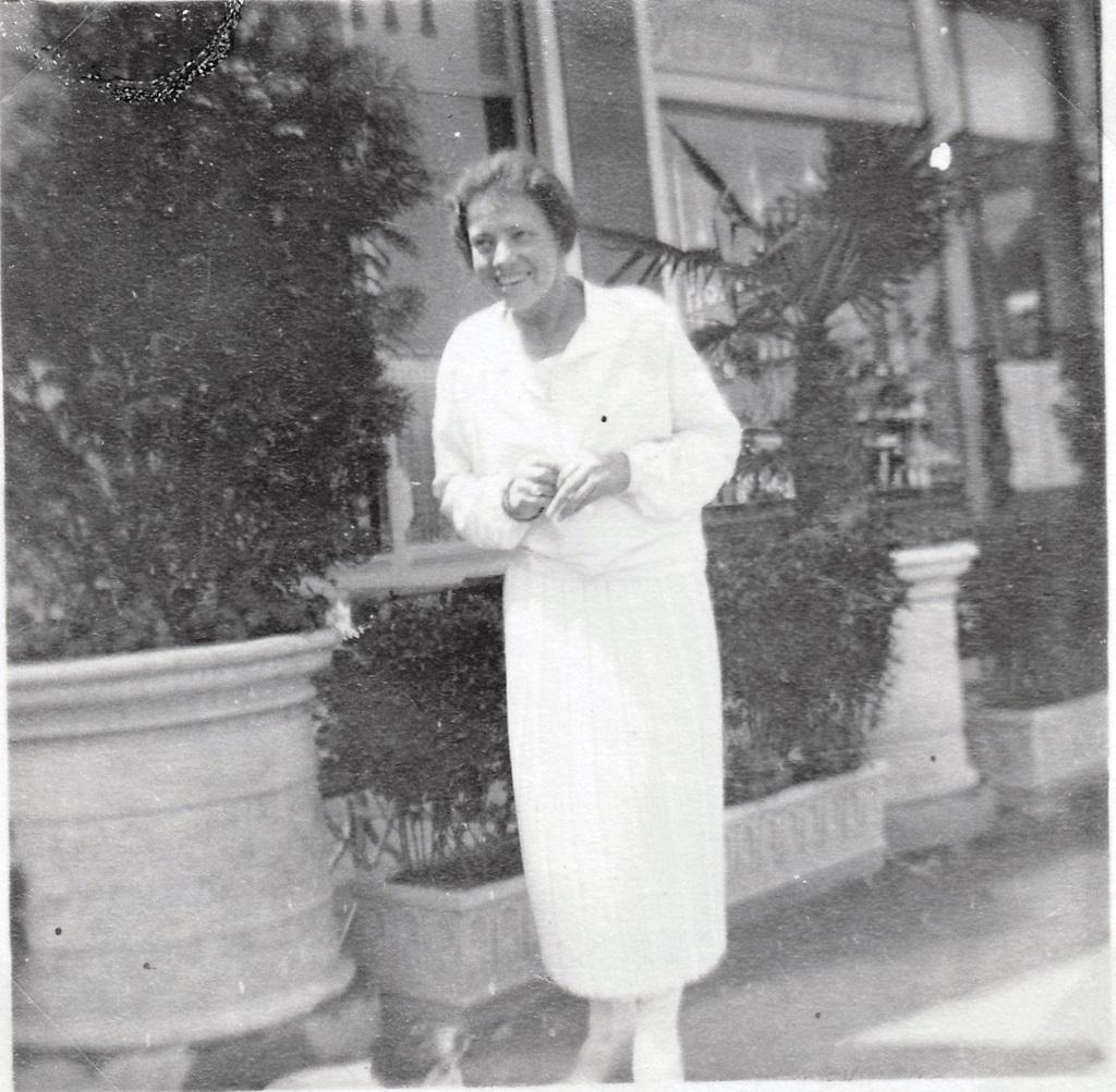 1926. Анастасия в Лугано