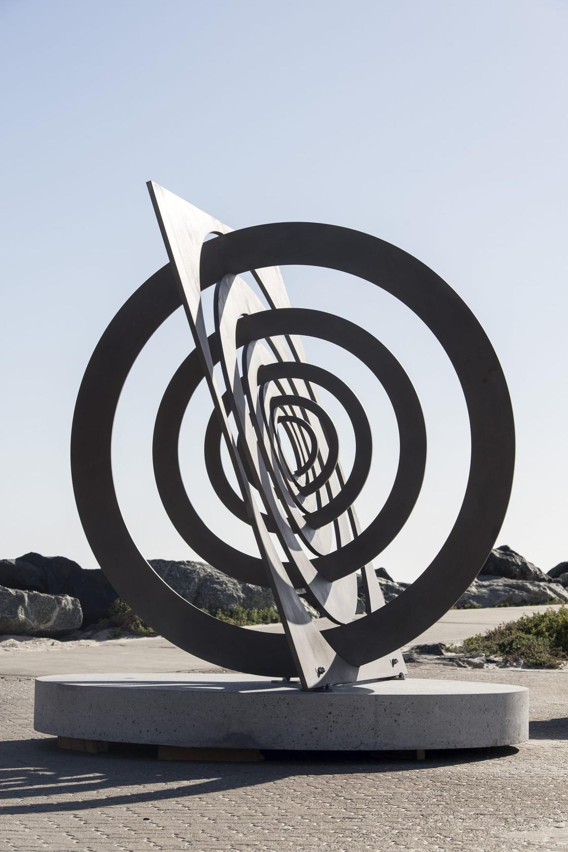 art featured popular sculpture