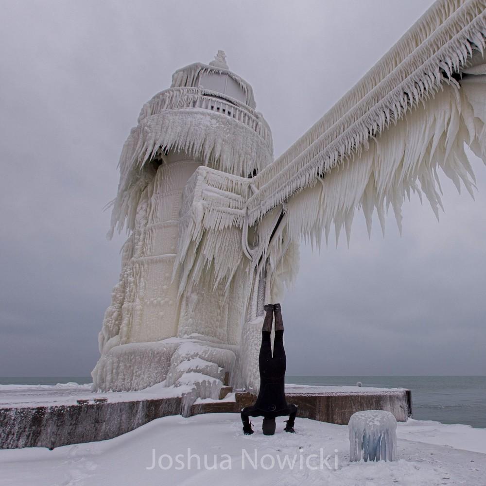 Маяк Святого Иосифа зимой