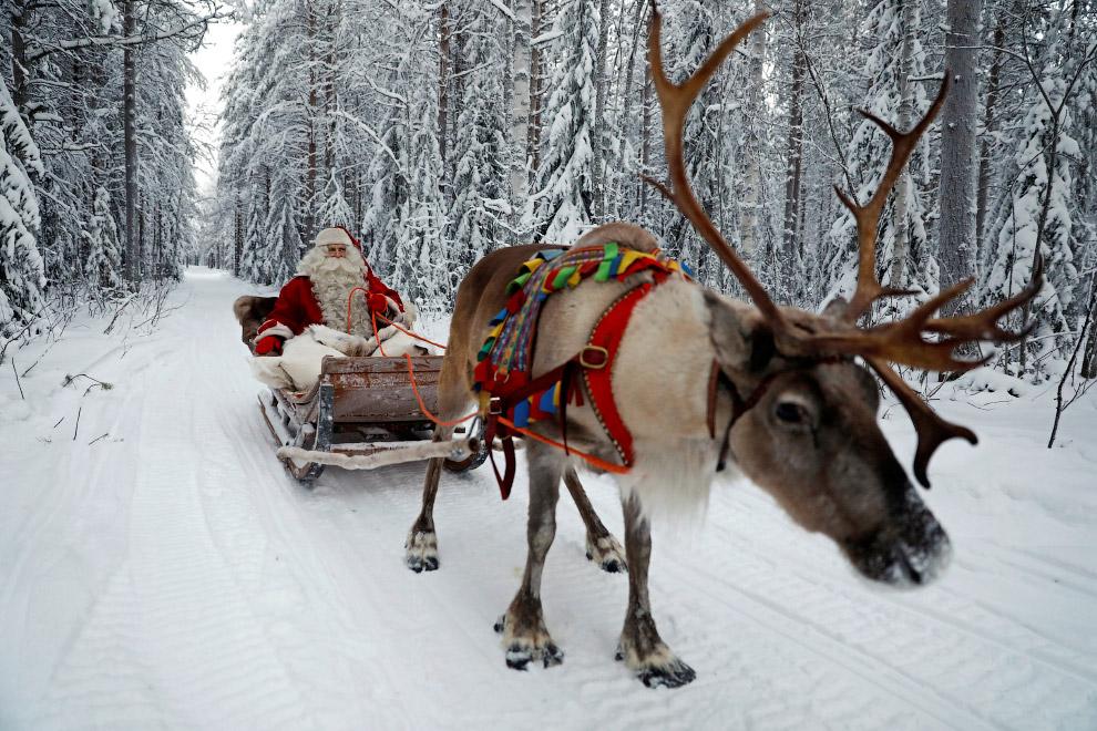 12. Письма Санта Клаусу, ждущие ответа. (Фото Pawel Kopczynski | Reuters):