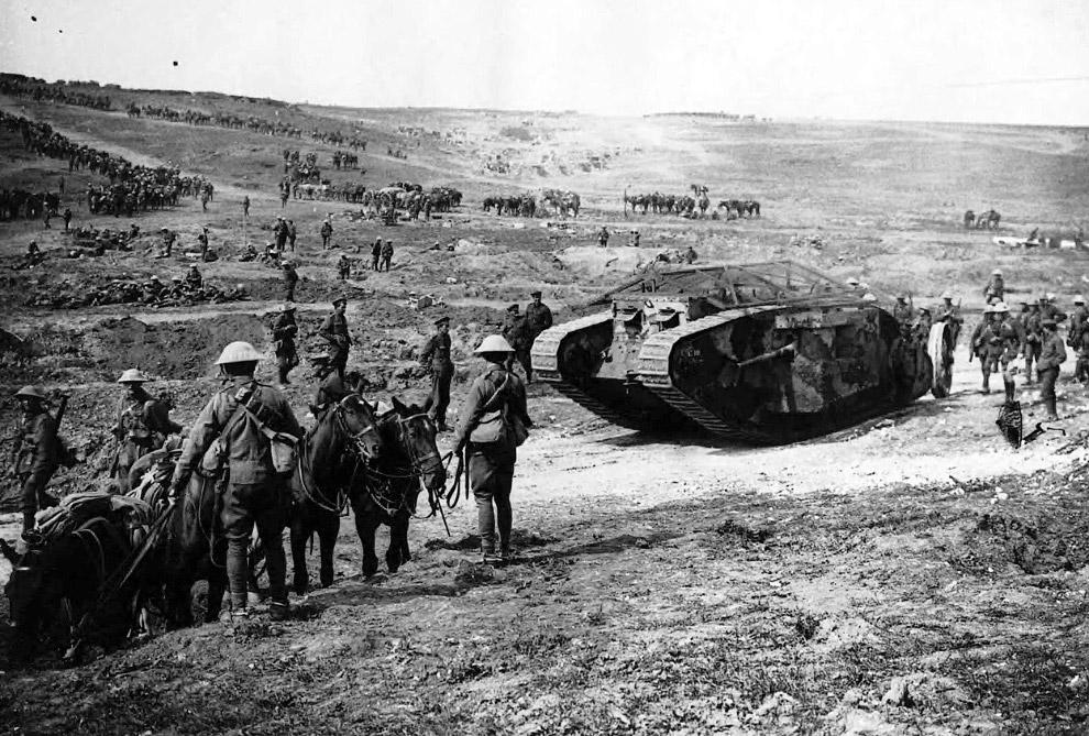 Турецкая артиллерия в 1917 году с немецкой 105 мм гаубицей M98/09. (Фото Library of Congress):