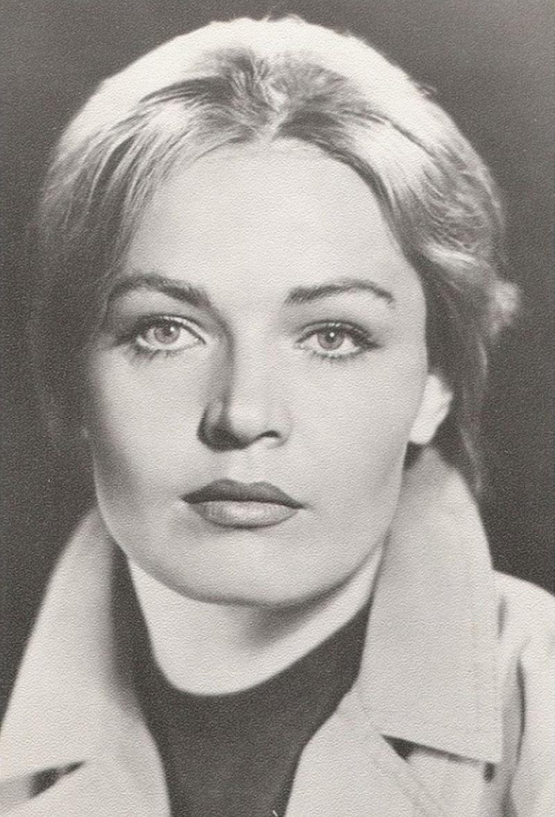 Хотя годы берут свое, Людмила не спешит расставаться с актерской карьерой. Женщина говорит, что нико