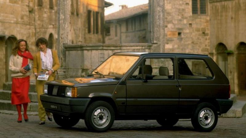 Fiat Panda 30 Super '1983–86 Я СЛОВНО СОЗДАВАЛ НЕ АВТОМОБИЛЬ, А БЫТОВОЙ ПРИБОР, ЭТАКИЙ Х