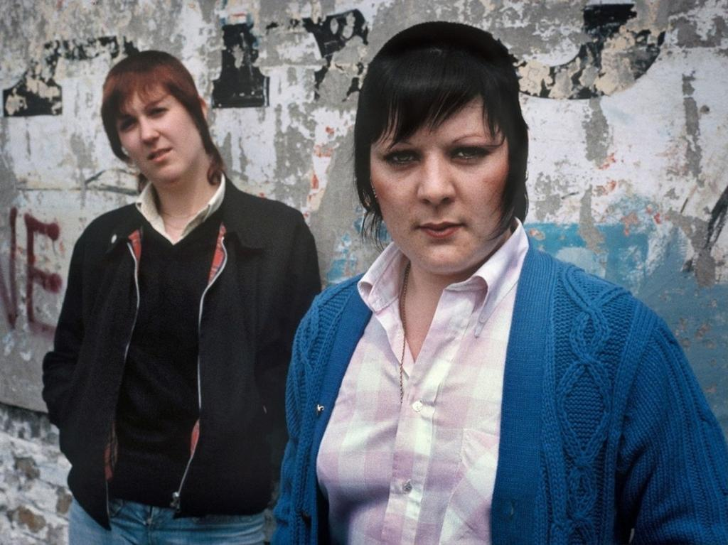 1979. Кейт (слева) и Лесли, Шордич
