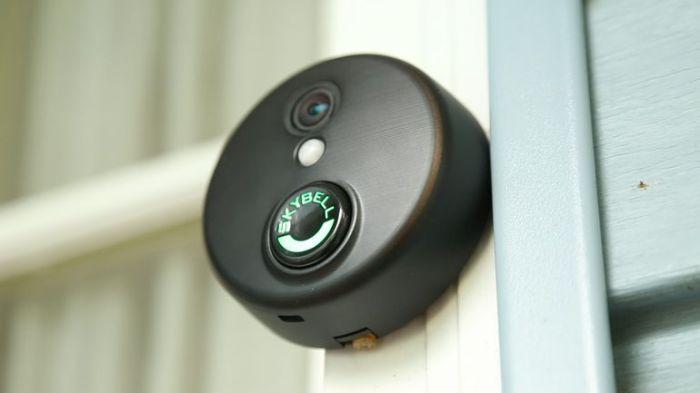 SkyBell HD WiFi Video Doorbell – электронный дворецкий. Так называемые