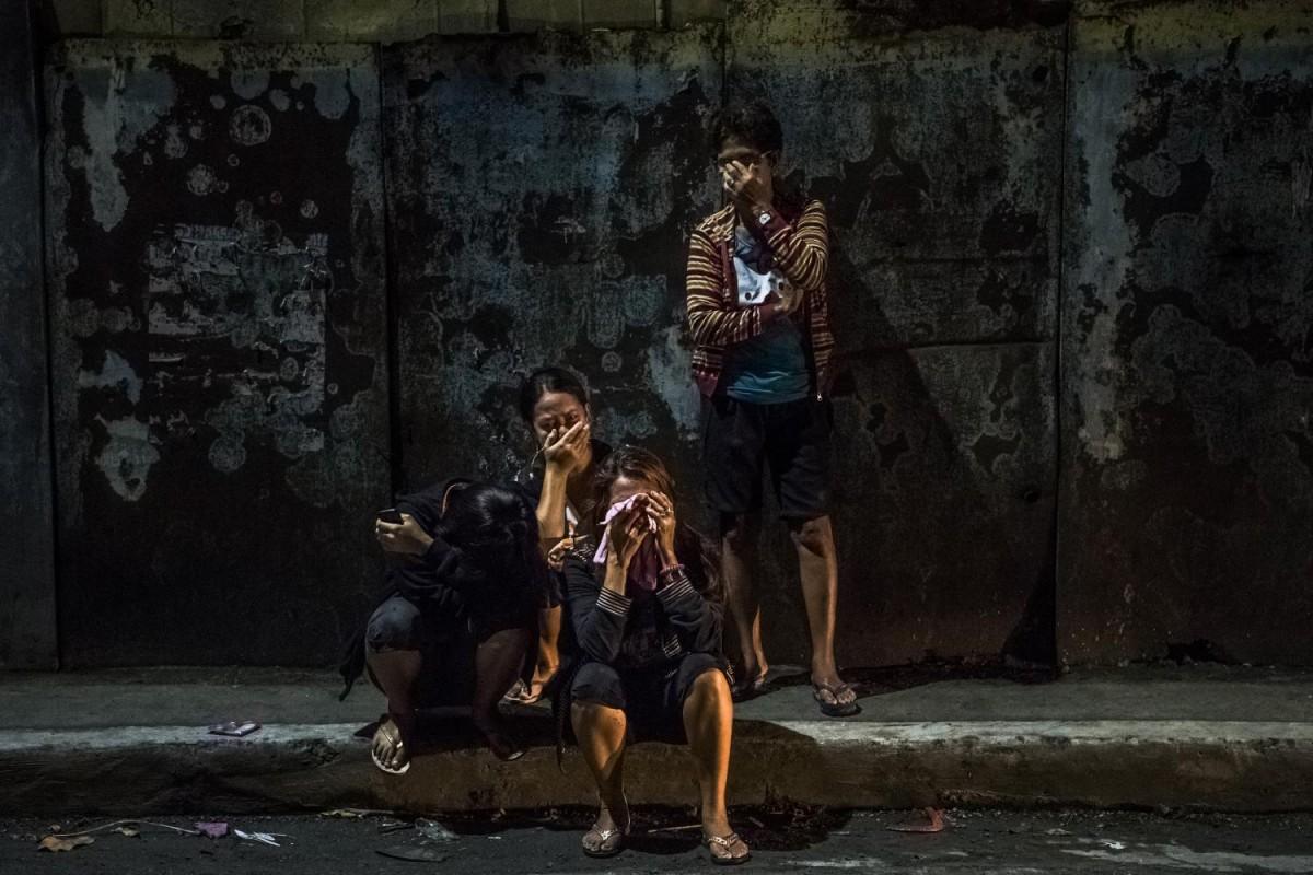 «Они убивают нас, как животных», — сказал фотографу случайный прохожий, когда американец в очередной