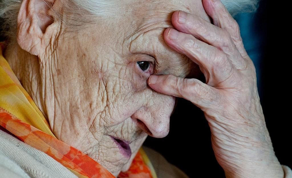 Лекарство отболезни Альцгеймера непрошло клинические тестирования