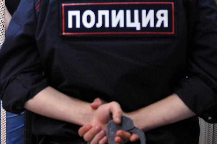 В столице полицейские убили мужчину сгранатой