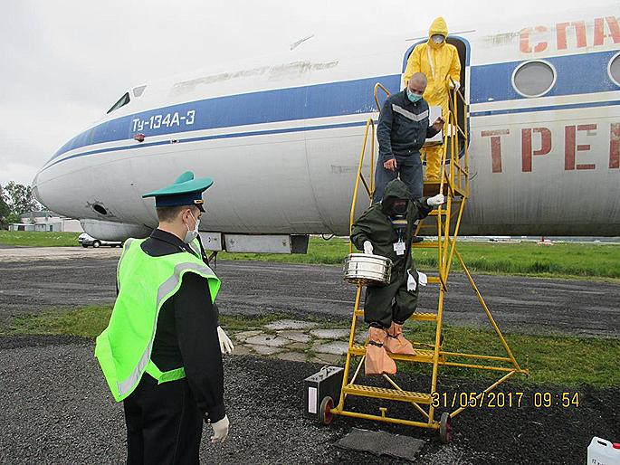 Учение поликвидации инфекции прошло впсковском аэропорту