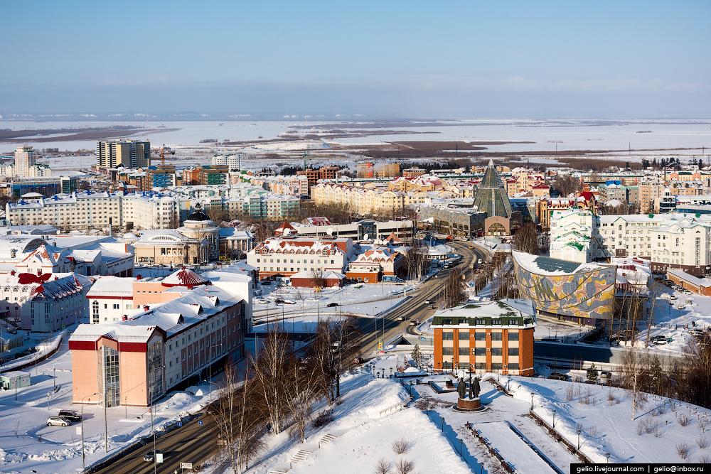 Ханты-Мансийск с высоты: компактный город среди тайги
