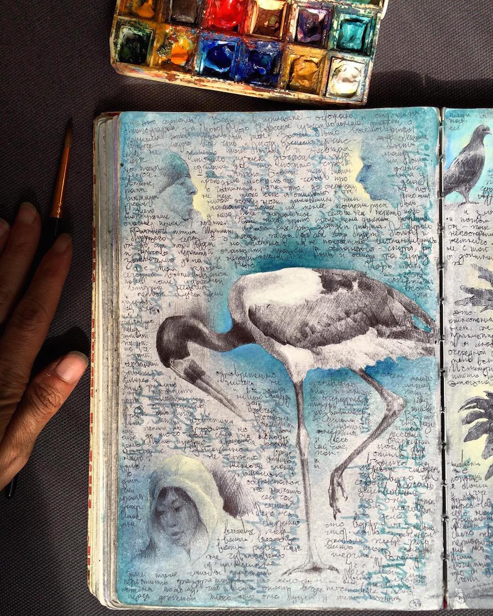 Inside the Well-Traveled Sketchbooks of Artist Dina Brodsky (9 pics)