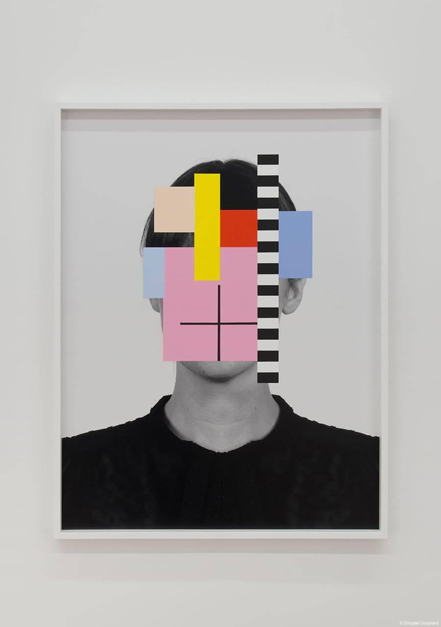 Portraits with Random Colors Hiding their Faces
