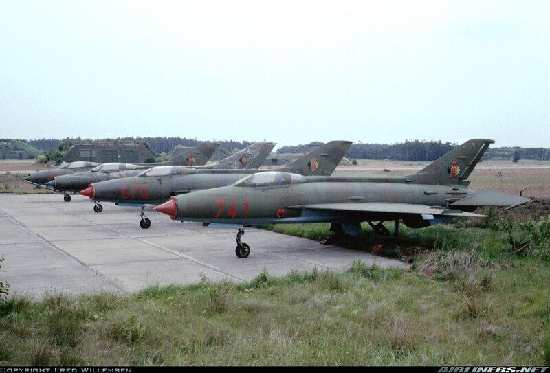 6-МиГ-21ф-13.jpg
