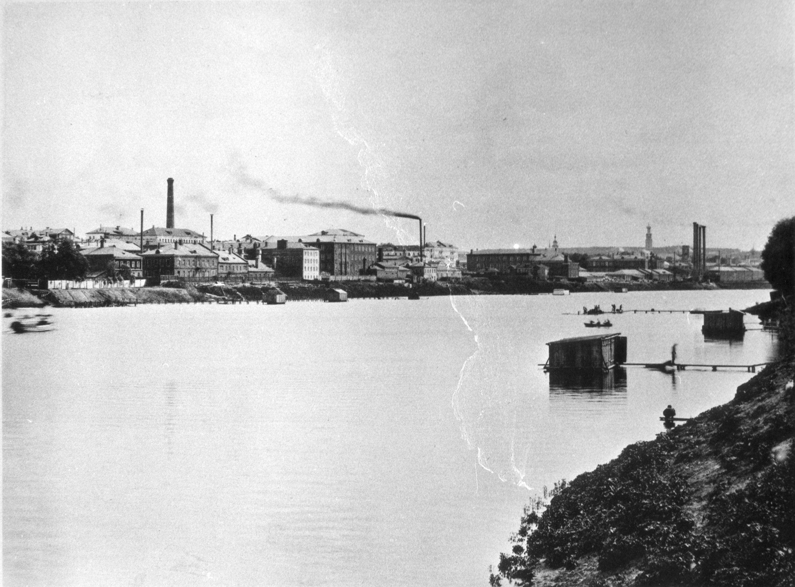 Вид из Дорогомилова ниже Бородинского моста