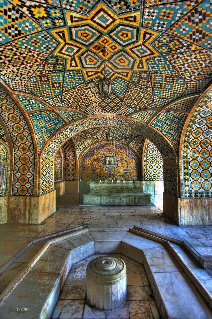 89070e9da4fec533526560100d992faf--tehran-iran-islamic-architecture.jpg