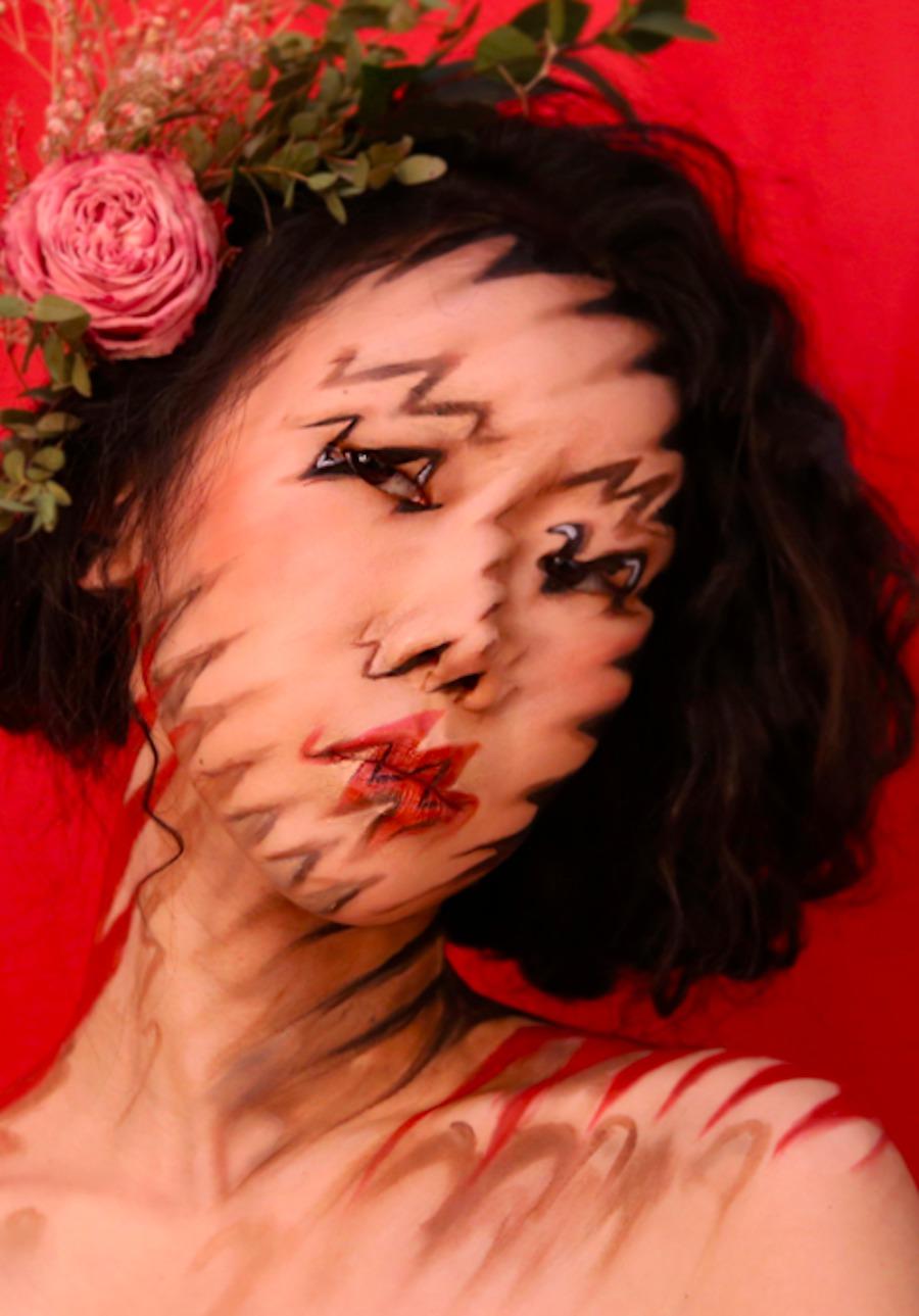 Stunning Makeup Illusions (7 pics)