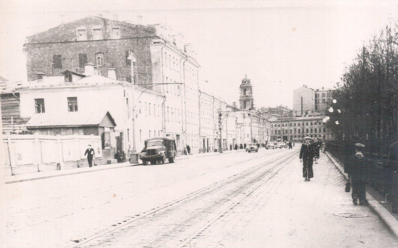 377173 Правый проезд Цветного бульвара от Малого  Сергиевского переулка к Трубной площади.jpg