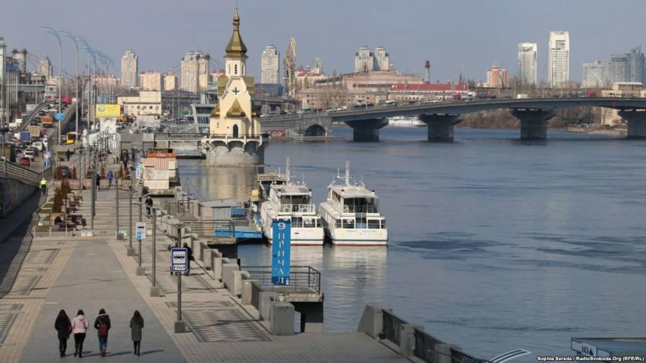 Весна пришла: первый по-настоящему теплый день в Киеве – фоторепортаж